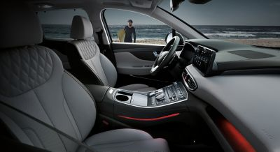 Interior view of the new Hyundai SANTA FE Hybrid 7 seat SUV showing the cockpit.